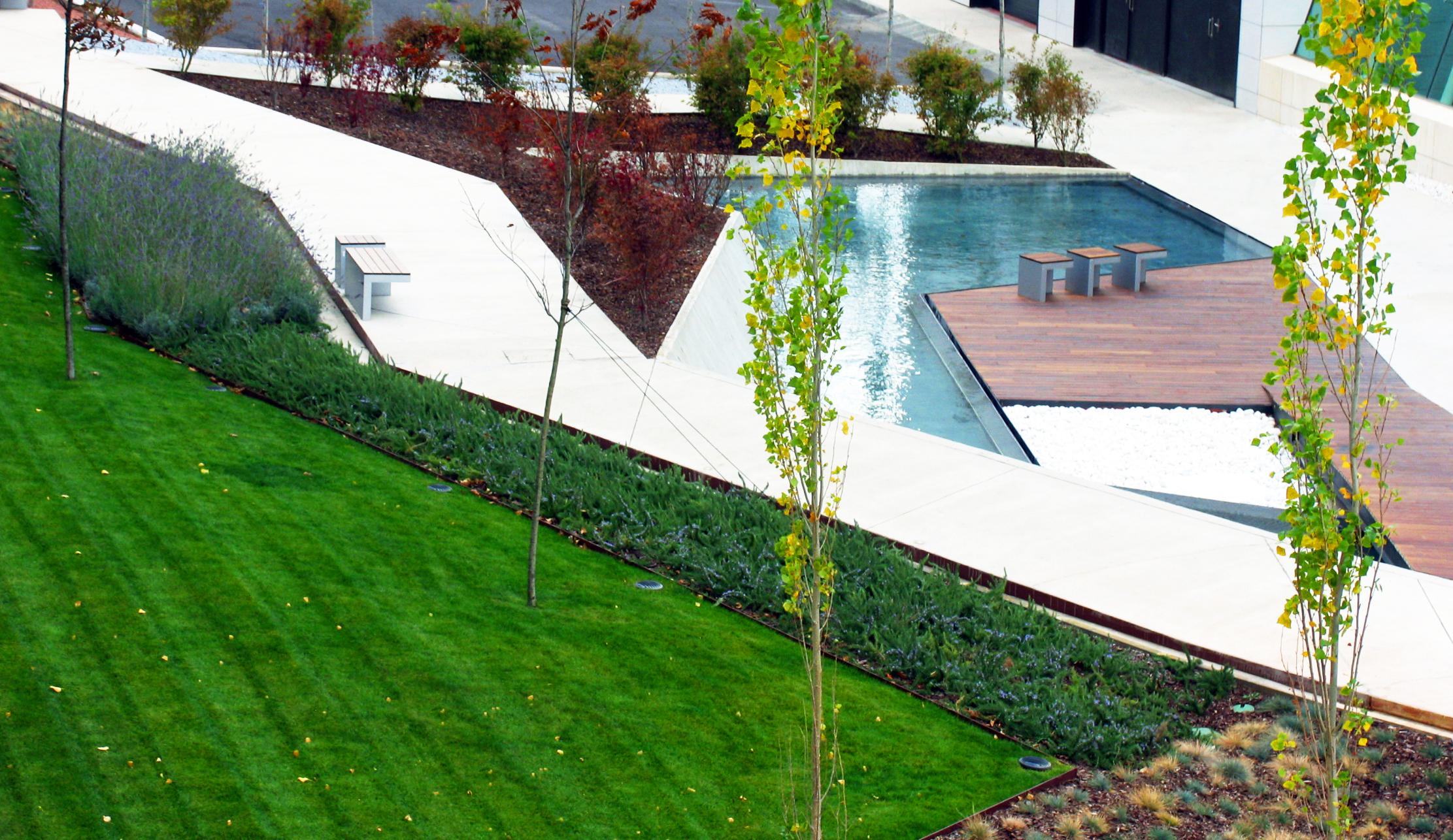 Würth La Rioja Museum Gardens - Dom Arquitectura